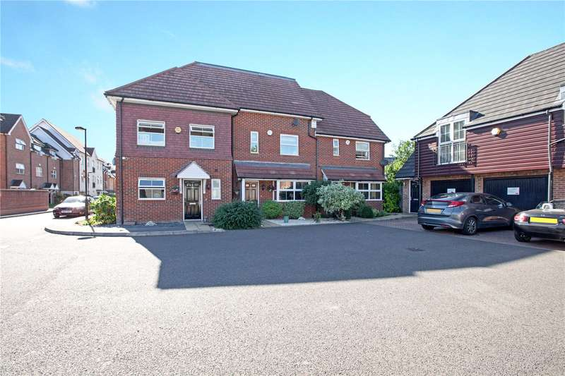 3 Bedrooms Terraced House for sale in Benjamin Lane, Wexham, SL3