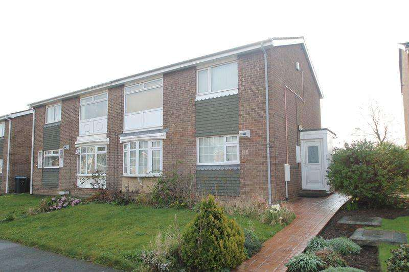 2 Bedrooms Flat for sale in Planetree Court, Marton