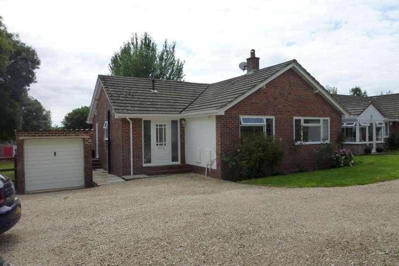 3 Bedrooms Bungalow for rent in Pattersons Lane, Blendworth