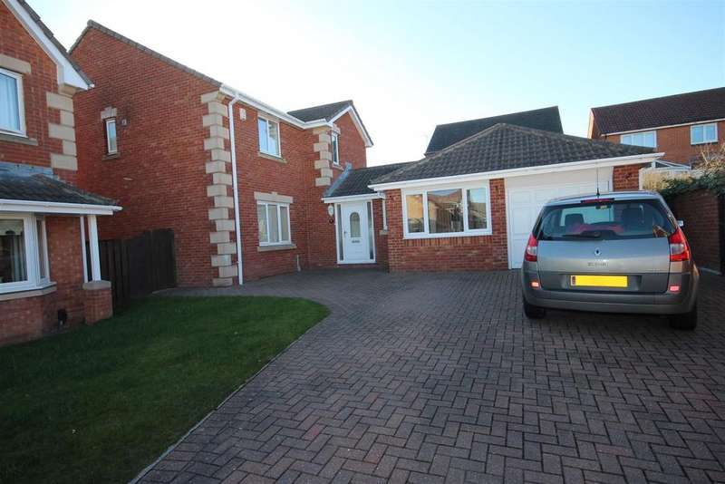 5 Bedrooms Detached House for sale in Lapwing Road, Bishop Cuthbert, Hartlepool