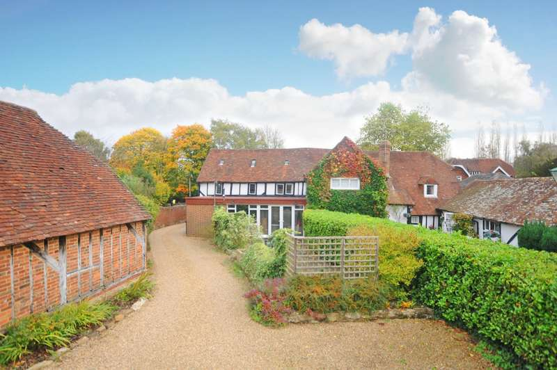 3 Bedrooms Semi Detached House for sale in Witley