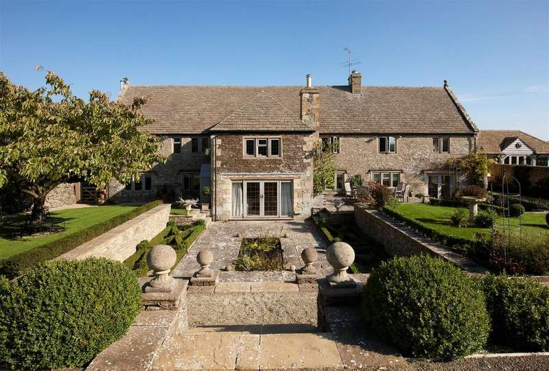5 Bedrooms Country House Character Property for sale in Hawling, Gloucestershire
