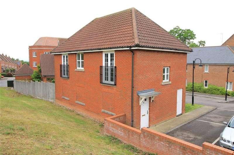 2 Bedrooms Maisonette Flat for sale in Pastoral Way, Warley, Brentwood, Essex, CM14