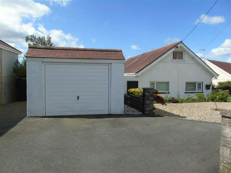 2 Bedrooms Detached Bungalow for sale in Trallwm Road, Llwynhendy, Llanelli