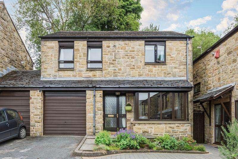 4 Bedrooms Detached House for sale in Spout Copse, Stannington, Sheffield, S6 6FB