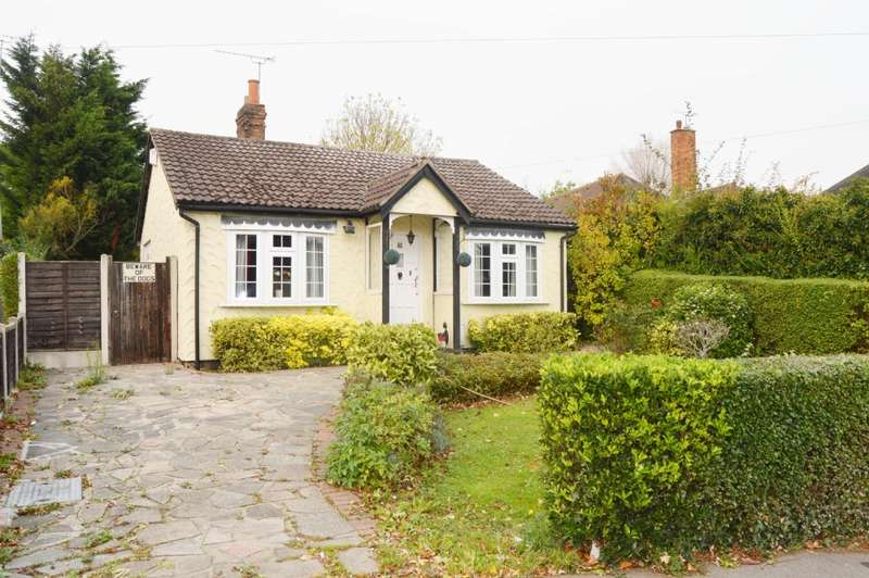 2 Bedrooms Bungalow for sale in Church Road, Harold Wood