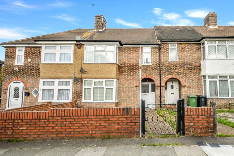 3 Bedrooms Terraced House for sale in South Park Crescent, London, SE6