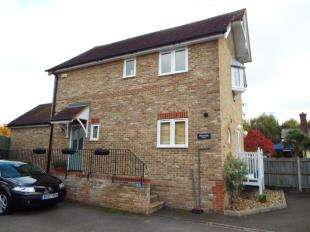 3 Bedrooms Detached House for sale in Upper Brents, Faversham