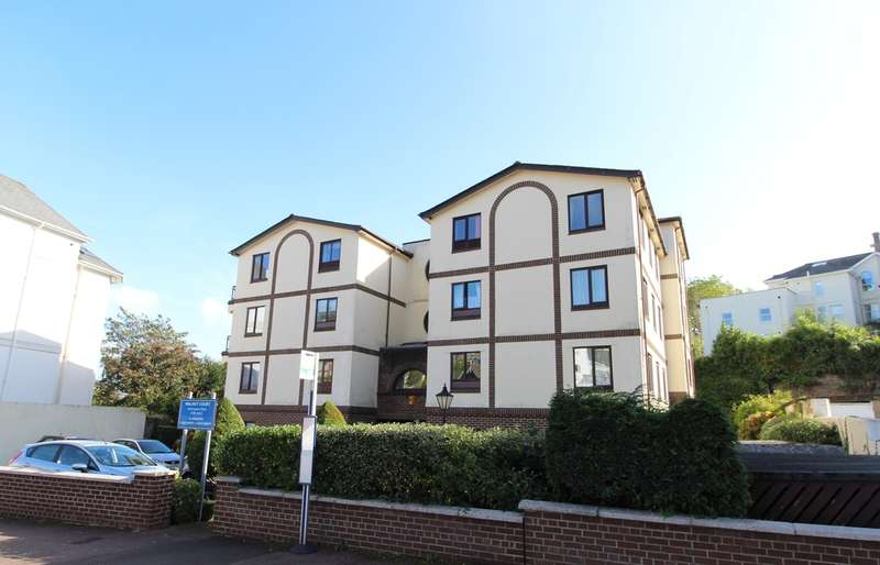 2 Bedrooms Flat for sale in Walnut Road, Chelston, Torquay