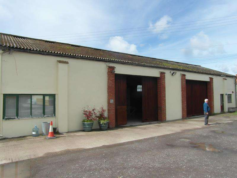 Office Commercial for rent in Curload, Stoke St. Gregory, Taunton, Somerset, TA3
