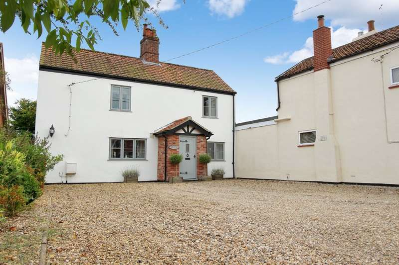 2 Bedrooms Semi Detached House for sale in Newton Street, Newton St. Faith, Norwich