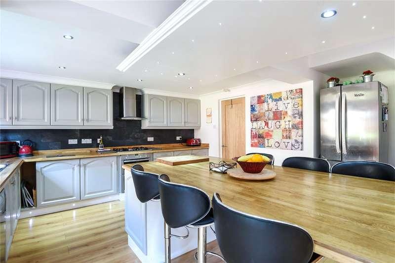 5 Bedrooms Detached Bungalow for sale in Lower Road, Denham, Buckinghamshire, UB9