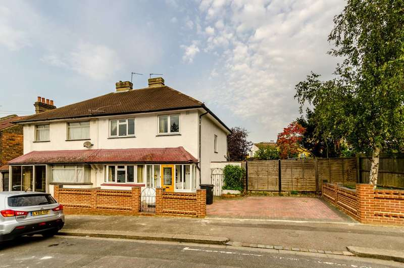 3 Bedrooms House for sale in Burlington Road, Norwood, CR7