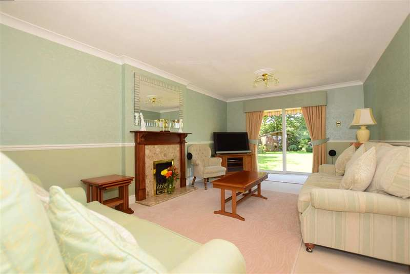 4 Bedrooms Detached House for sale in The Gardens, Doddinghurst, Brentwood, Essex