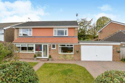 4 Bedrooms Detached House for sale in Kenley Gardens, Norton, Stockton On Tees