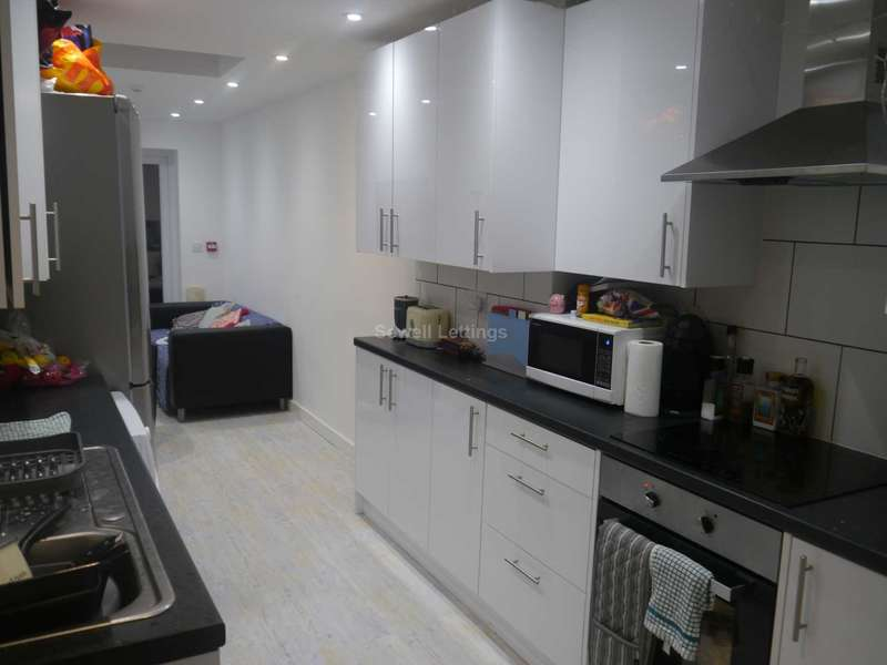 6 Bedrooms House for rent in Hatherley Road, Reading