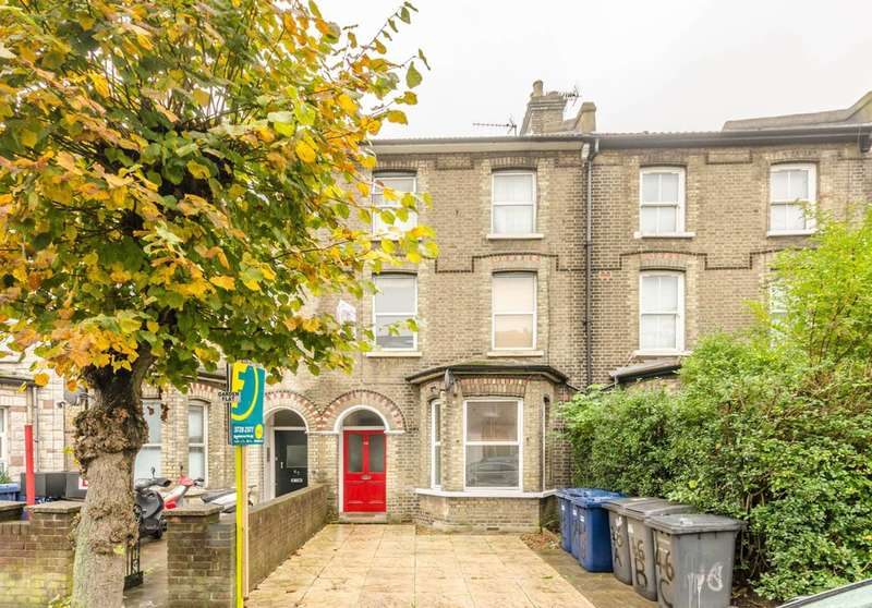 2 Bedrooms Flat for sale in Cricklewood, Cricklewood, NW2