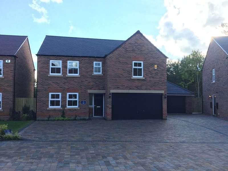 5 Bedrooms Detached House for rent in Thorpe Park Gardens, Leeds, West Yorkshire, LS15 8ZB