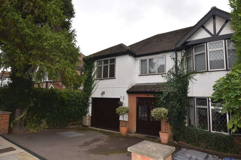 6 Bedrooms Semi Detached House for sale in Holders Hill Road, London, London, Nw4