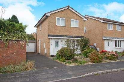 3 Bedrooms Detached House for sale in Bridges Drive, Downend, Bristol