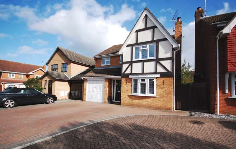 4 Bedrooms Detached House for sale in Anvil Way, Springfield, Chelmsford, CM1