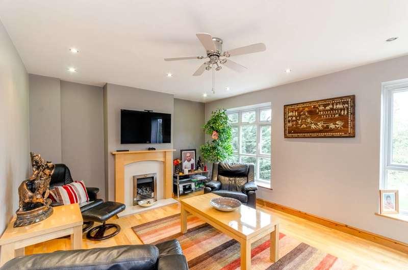 3 Bedrooms Maisonette Flat for sale in Frensham Drive, Putney, SW15