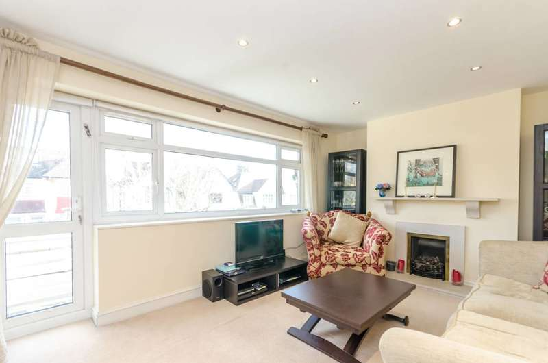 2 Bedrooms Maisonette Flat for sale in Orchard Avenue, Finchley, N3