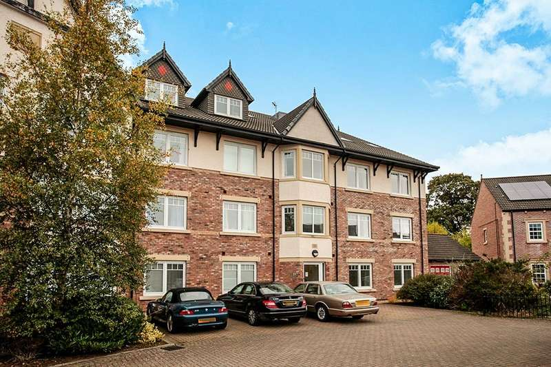 2 Bedrooms Flat for sale in Parkland Drive, Carlisle, CA1