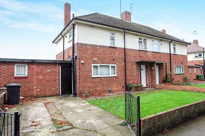3 Bedrooms Semi Detached House for sale in Chestnut Avenue, Dogsthorpe, Peterborough, PE1