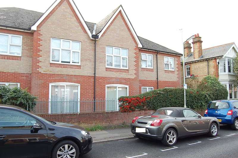 2 Bedrooms Retirement Property for sale in Macmillan Court, Godfreys Mews, Chelmsford