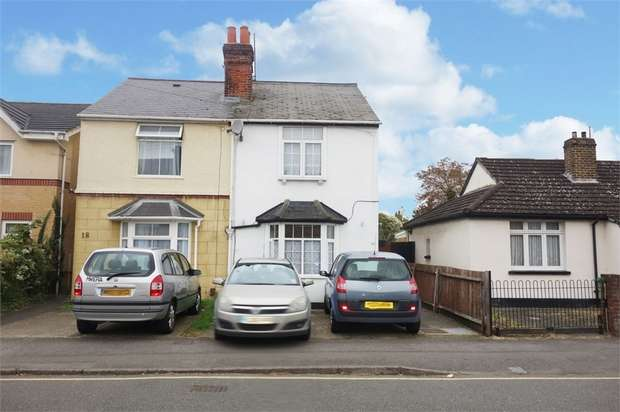 3 Bedrooms Semi Detached House for sale in Grays Road, Slough, Berkshire