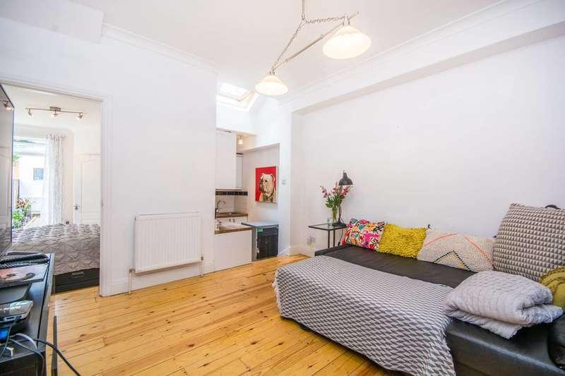 1 Bedroom Flat for sale in Eldon Road, Wood Green, N22