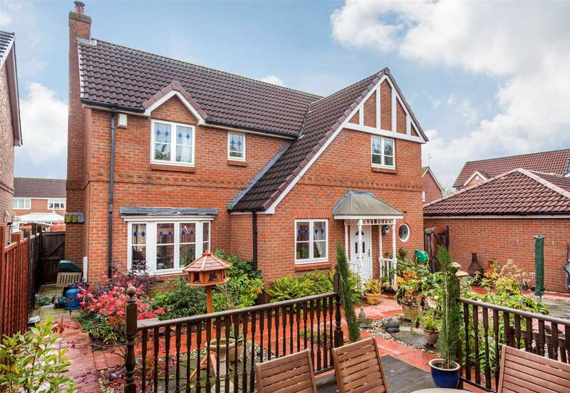 4 Bedrooms Detached House for sale in Tatton Close, York, YO30