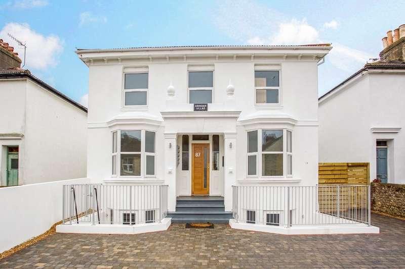 1 Bedroom Flat for sale in Abinger Road, Portslade, Brighton, BN41 1SD