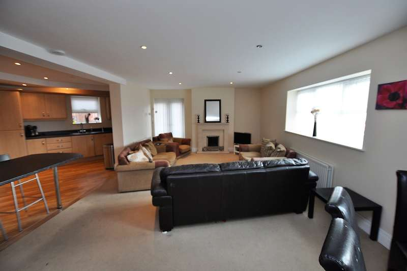 3 Bedrooms Apartment Flat for rent in The Hastings, Newcastle Upon Tyne
