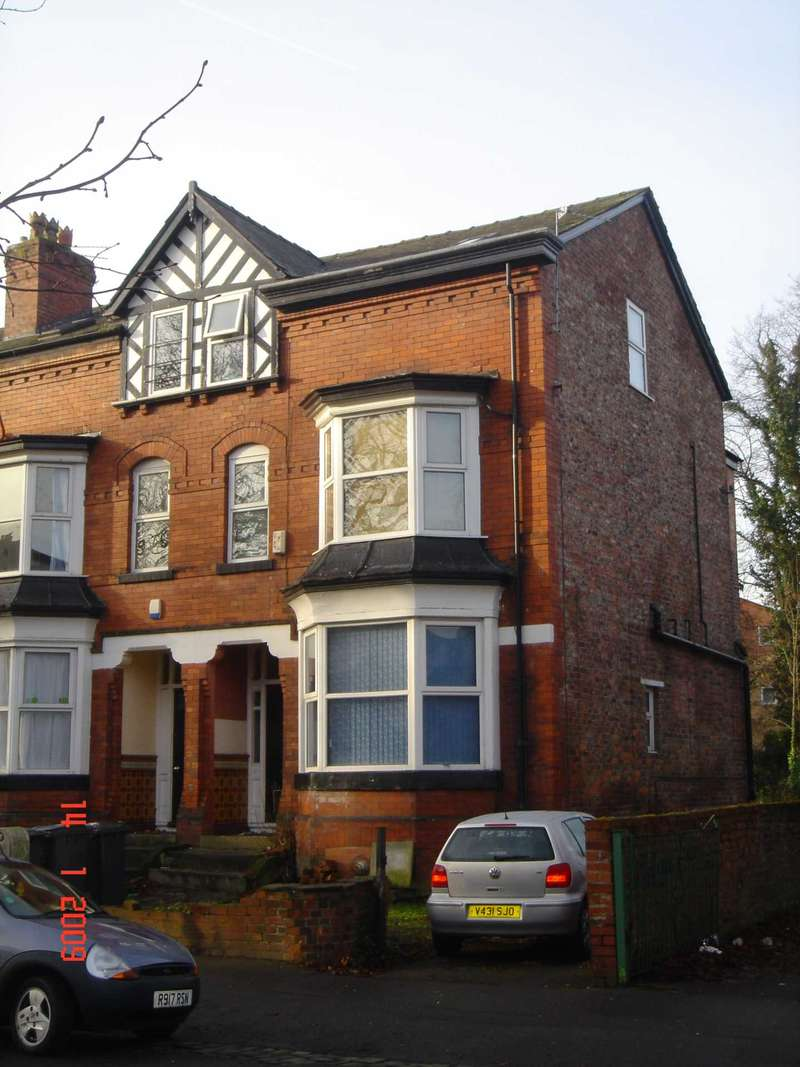10 Bedrooms Semi Detached House for rent in Amherst Road, Fallowfield