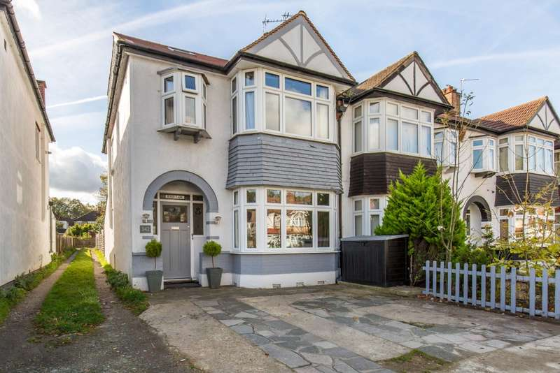 5 Bedrooms End Of Terrace House for sale in Upper Elmers End Road, Beckenham