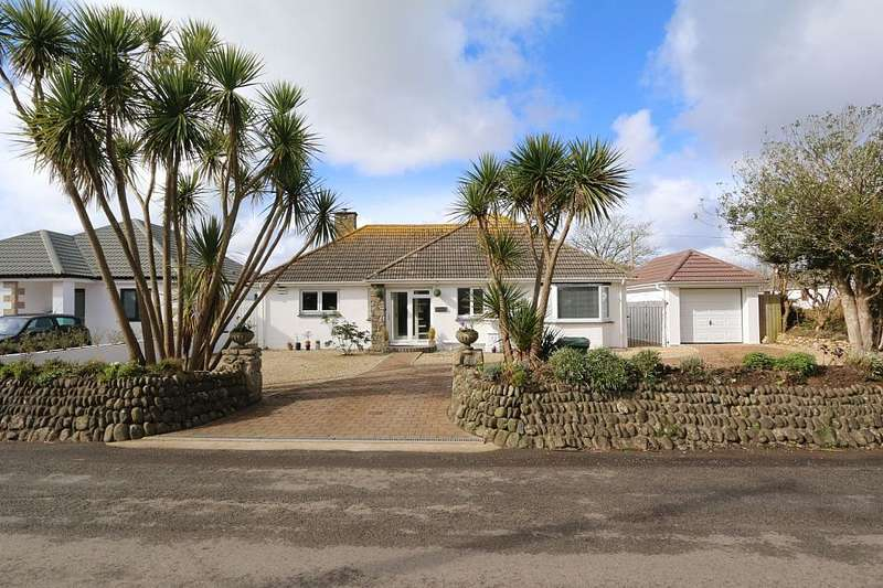 3 Bedrooms Detached Bungalow for sale in Johns Corner, Near Lancamshire Lane, Rosudgeon, Penzance, Cornwall, TR20 9PJ