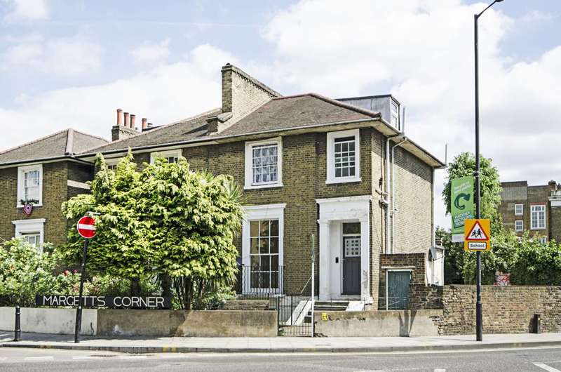 4 Bedrooms House for sale in Dalston Lane, Dalston, E8