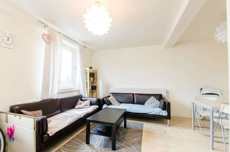 3 Bedrooms Maisonette Flat for sale in Mace Street, Bethnal Green, E2