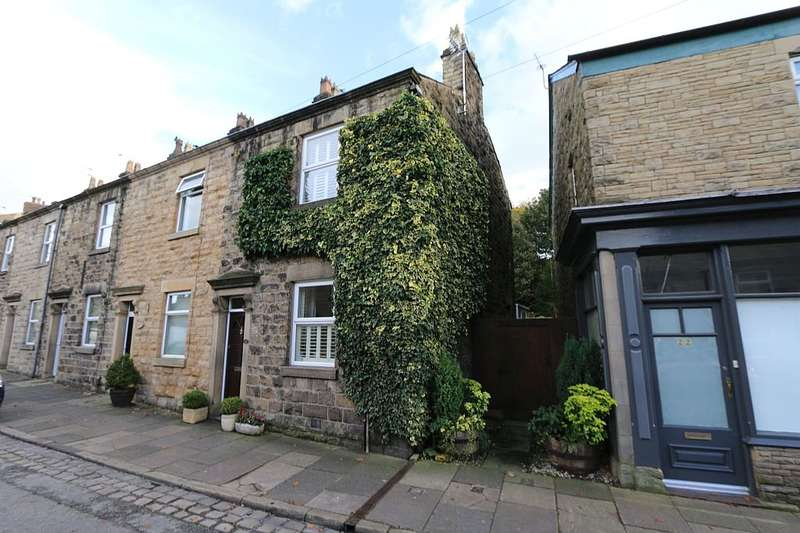 2 Bedrooms End Of Terrace House for sale in 20, Wellington Road, Bollington, Macclesfield, Cheshire, SK10 5JR