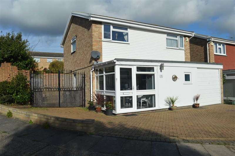 4 Bedrooms House for sale in Windermere Close, Dartford