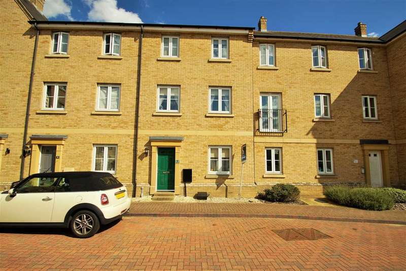 4 Bedrooms Town House for sale in Chapman Place, Mile End, Colchester