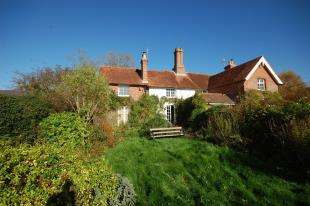 3 Bedrooms Semi Detached House for sale in Church Lane, Laughton, Lewes, East Sussex