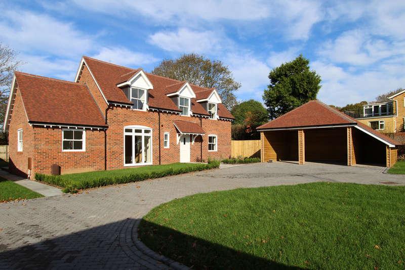 5 Bedrooms Detached House for sale in Wallington Shore Road, Wallington