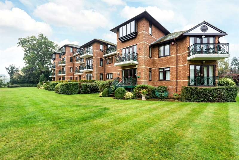 2 Bedrooms Flat for sale in Horton Grange, Ray Mead Road, Maidenhead, Berkshire, SL6