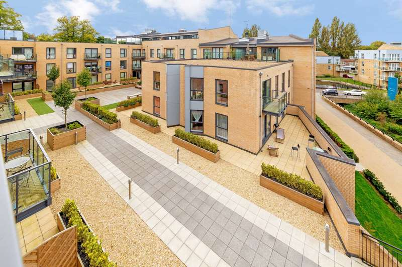 1 Bedroom Apartment Flat for sale in Evans House, Nash Mills