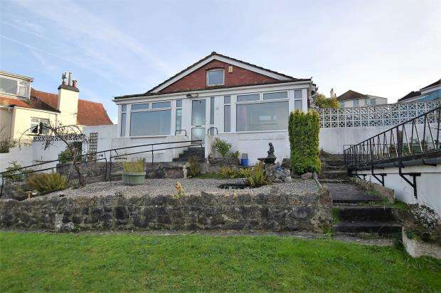 4 Bedrooms Detached Bungalow for sale in Osney Crescent, Paignton, Devon