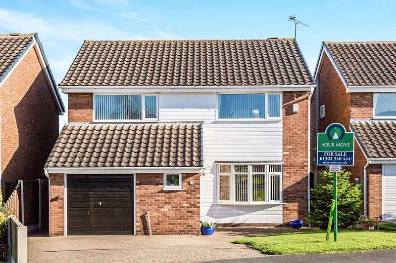 4 Bedrooms Detached House for sale in Crossgates, Wadworth, Doncaster, DN11