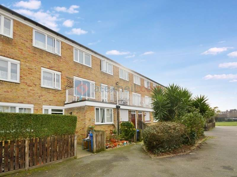 3 Bedrooms Maisonette Flat for sale in Lucey Way, Bermondsey SE16